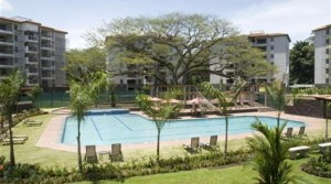 2 Bedroom Beach Condo in Jaco with Pool View