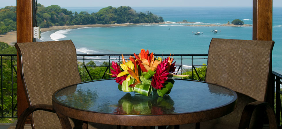 Beachfront Luxury Villa At Canto Del Mar in Playa Dominical