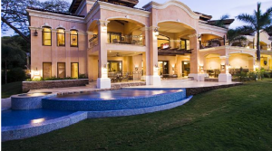 Luxurious Mansion With Titled Land On The Beach In Playa Flamingo