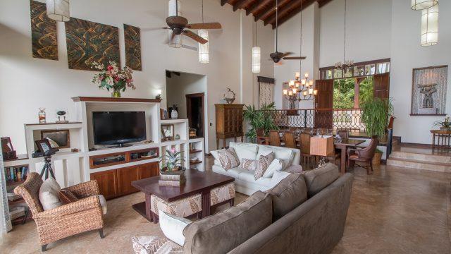 Luxury Estate In Escaleras