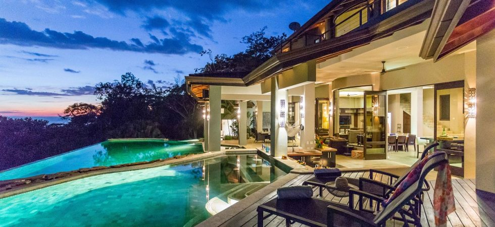 Dominical Estate With Resort Style Amenities & Unbelievable Views